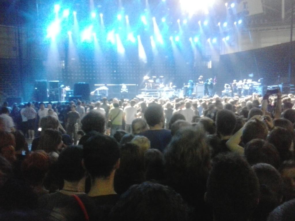 Scena tuż przed wyjściem głównej gwiazdy wieczoru - Green Day